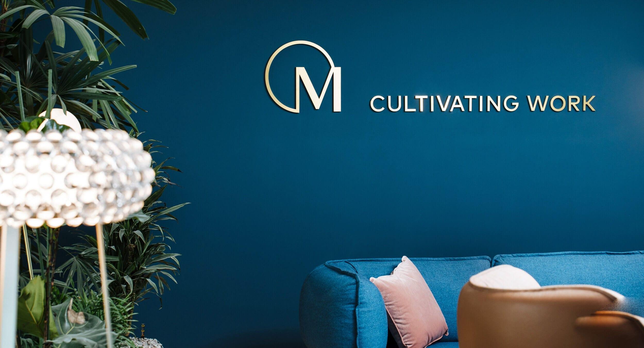 acre Immobilienmarketing Agentur in Frankfurt konzipiert Showroom für Marieninsel