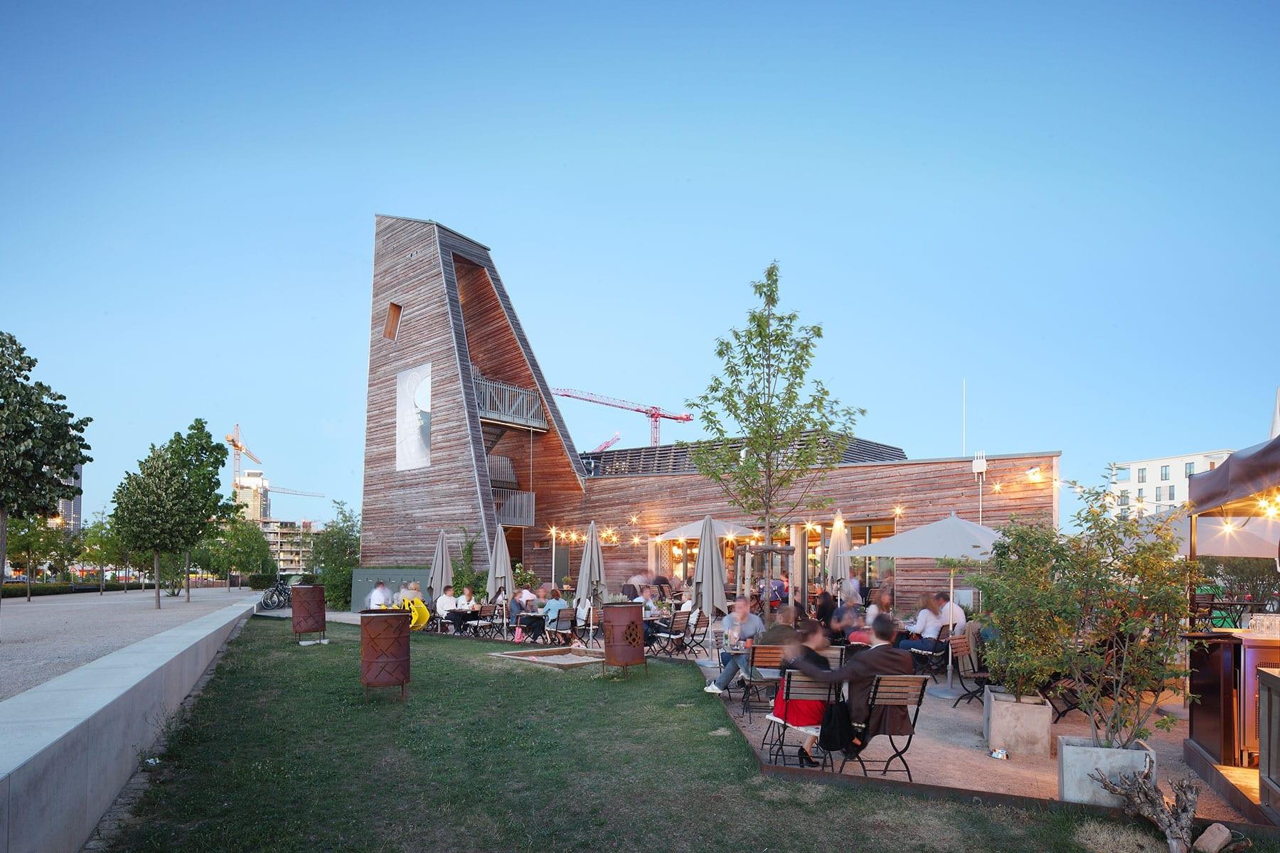 Laube Liebe Hoffnung ein Gebäude von den Franken Architekten
