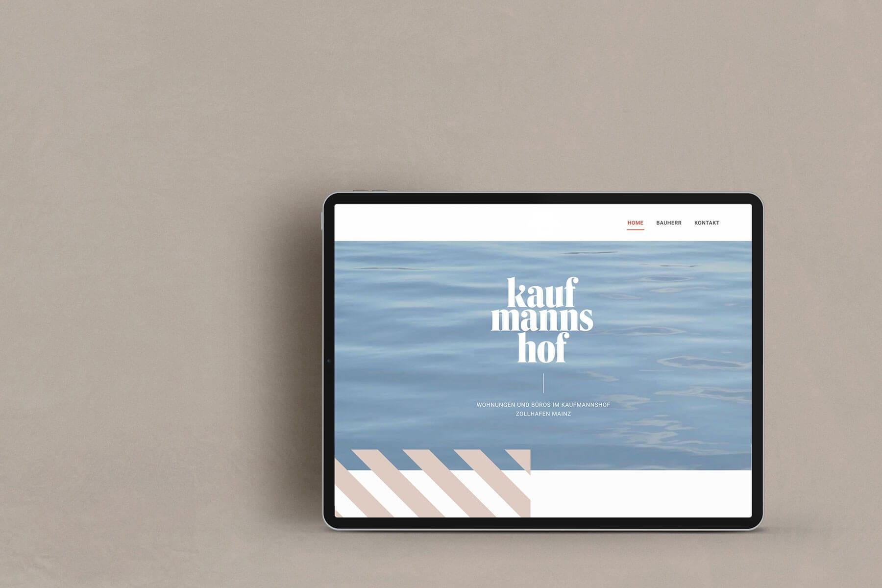 Website Kaufmannshof auf iPad
