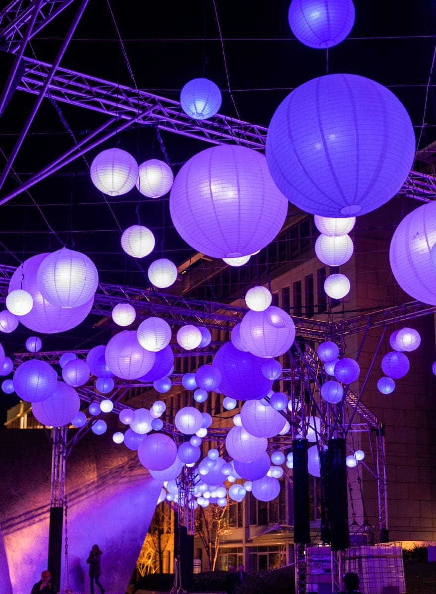 Lichtinstallation für die Luminale Lila