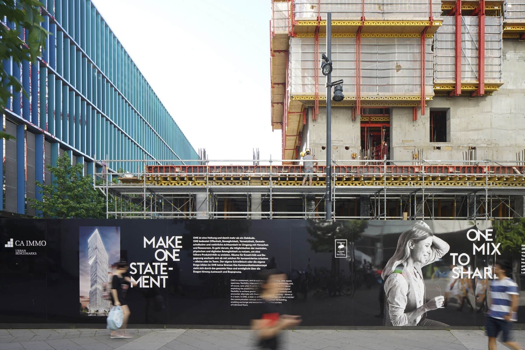Branding Campaign ONE by CA Immo Construction Site Hoarding 2D
